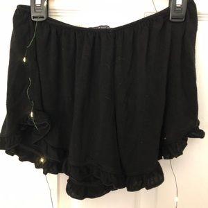 Brandy Melville elastic shorts